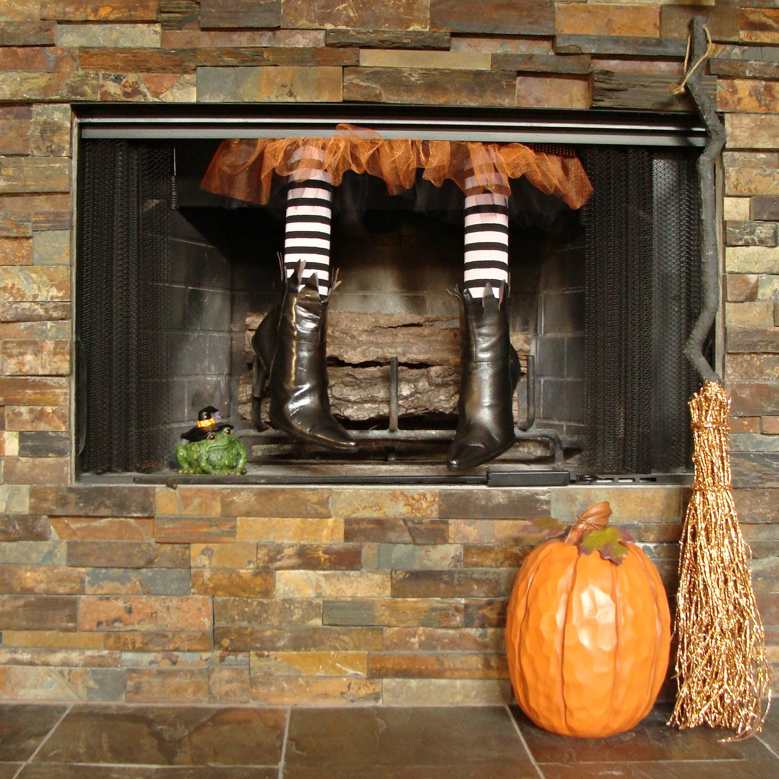 Fireplace Halloween Decorations: Crafty In Crosby: There's A Witch In Our Fireplace