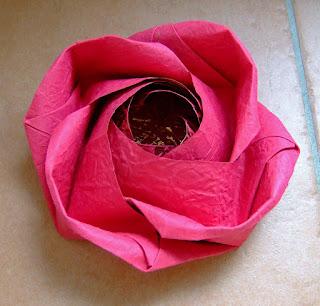 พับดอกกุหลาบ