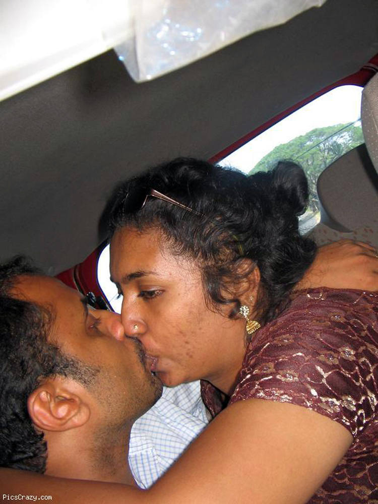 Indian Hot Kissing Video