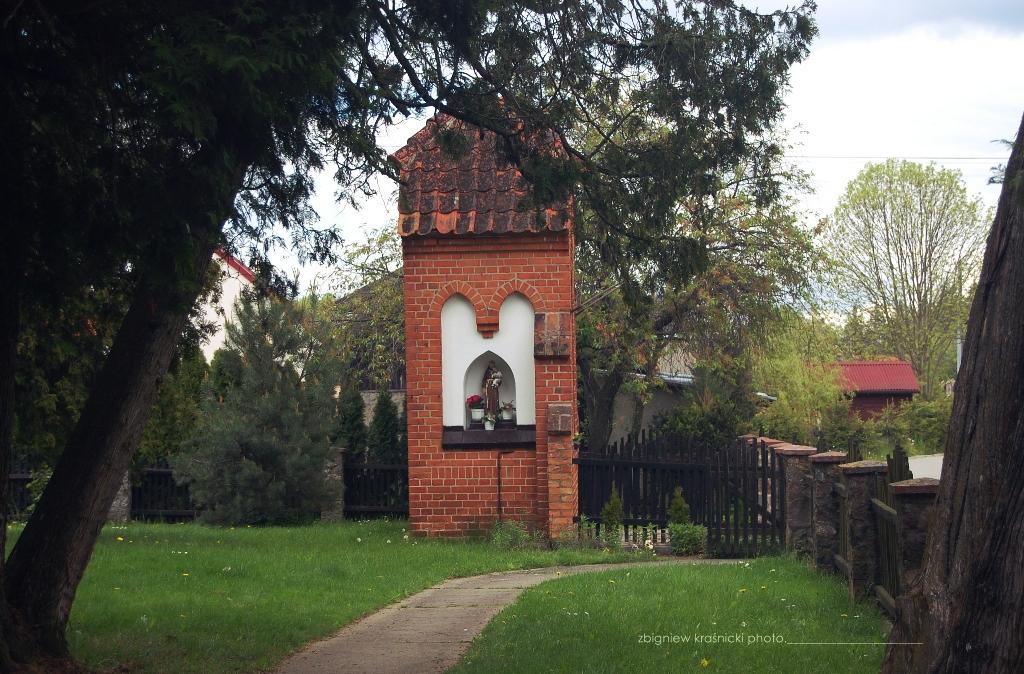 Kapliczka w Gryźlinach