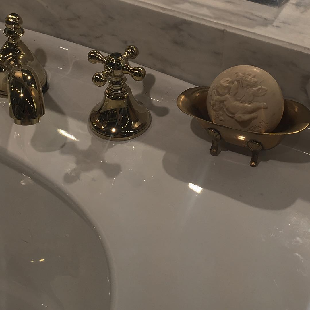 Details   putto, aesthetic angel, bathroom, decor ideas, baroque, rococo   Allegory of Vanity