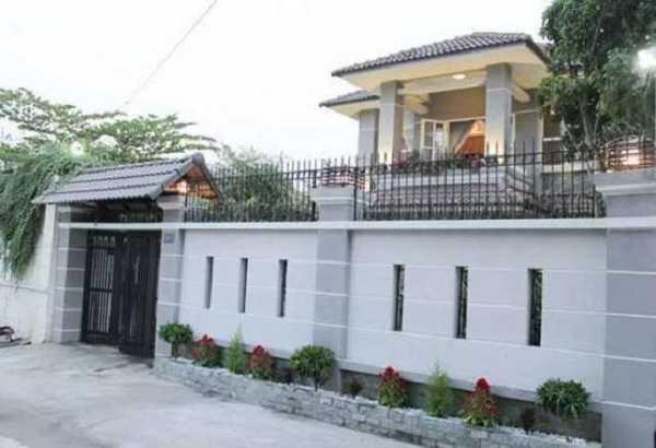 Cách chọn màu sơn tường rào phù hợp hướng nhà