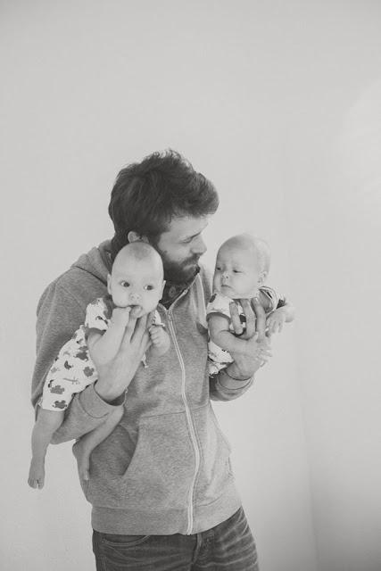 10 Ideias para fotografar gêmeos com o papai