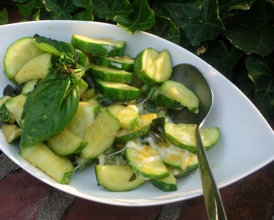 Easy Cheesy Zucchini @ AVeggieVenture.com. Low Carb. Weight Watchers PointsPlus 2. Kid friendly!