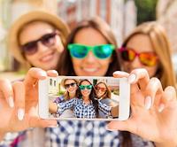 Logo Fatti un selfie e vinci gratis un fantastico premio di cosmesi