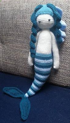 How to Crochet an Amigurumi Doll Mermaid. A No Sew One Piece ... | 400x229