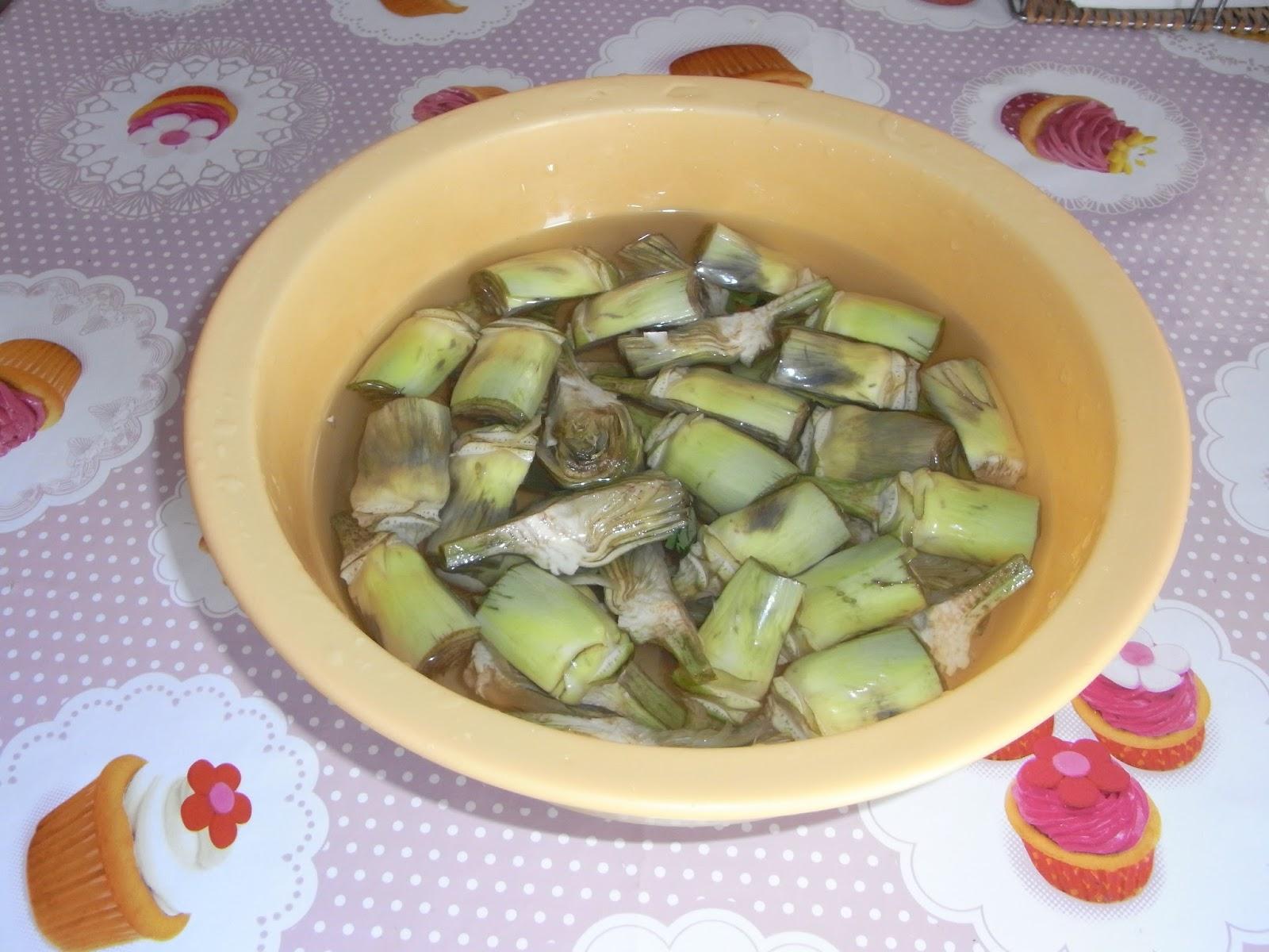 Cakes i altres delicies alcachofas con almejas for Pinche de cocina