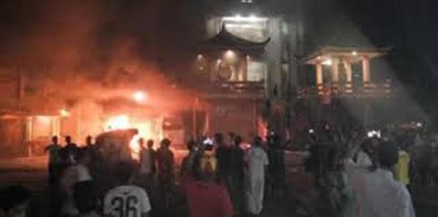 Kerusuhan Tanjung Balai Rusak Beberapa Rumah Ibadah Yang Dibakar Oleh Warga