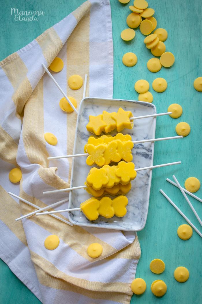Polos de plátano y chocolate. Receta muy fácil.