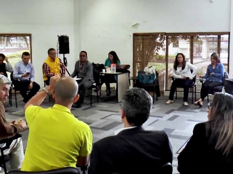 Sinedian se une en firme ante la política de persecución sindical de la DIAN