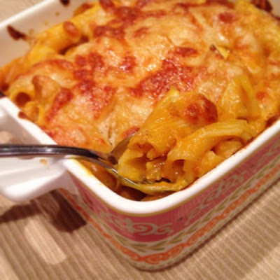 Healthy Cheesy Pumpkin Pasta Bake with Chicken