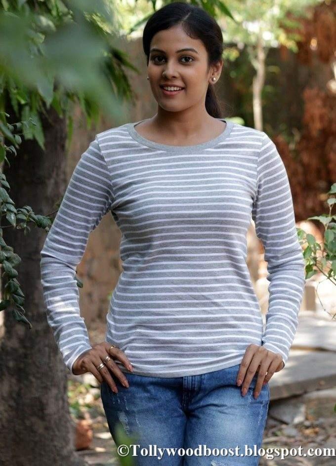 Telugu Actress Chandini At New Movie Press Meet Photos