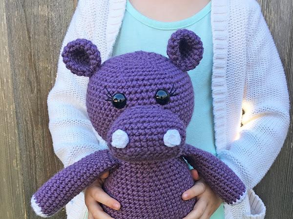Amigurumi Hippopotamus - A Free Crochet Pattern