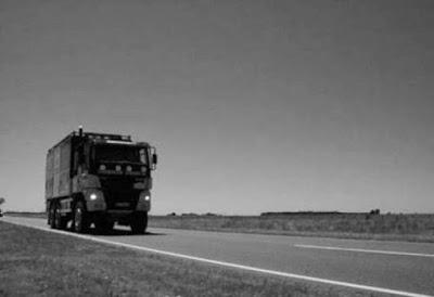Sulla Ruta Nacional 5 in Argentina si verificano strani fenomeni