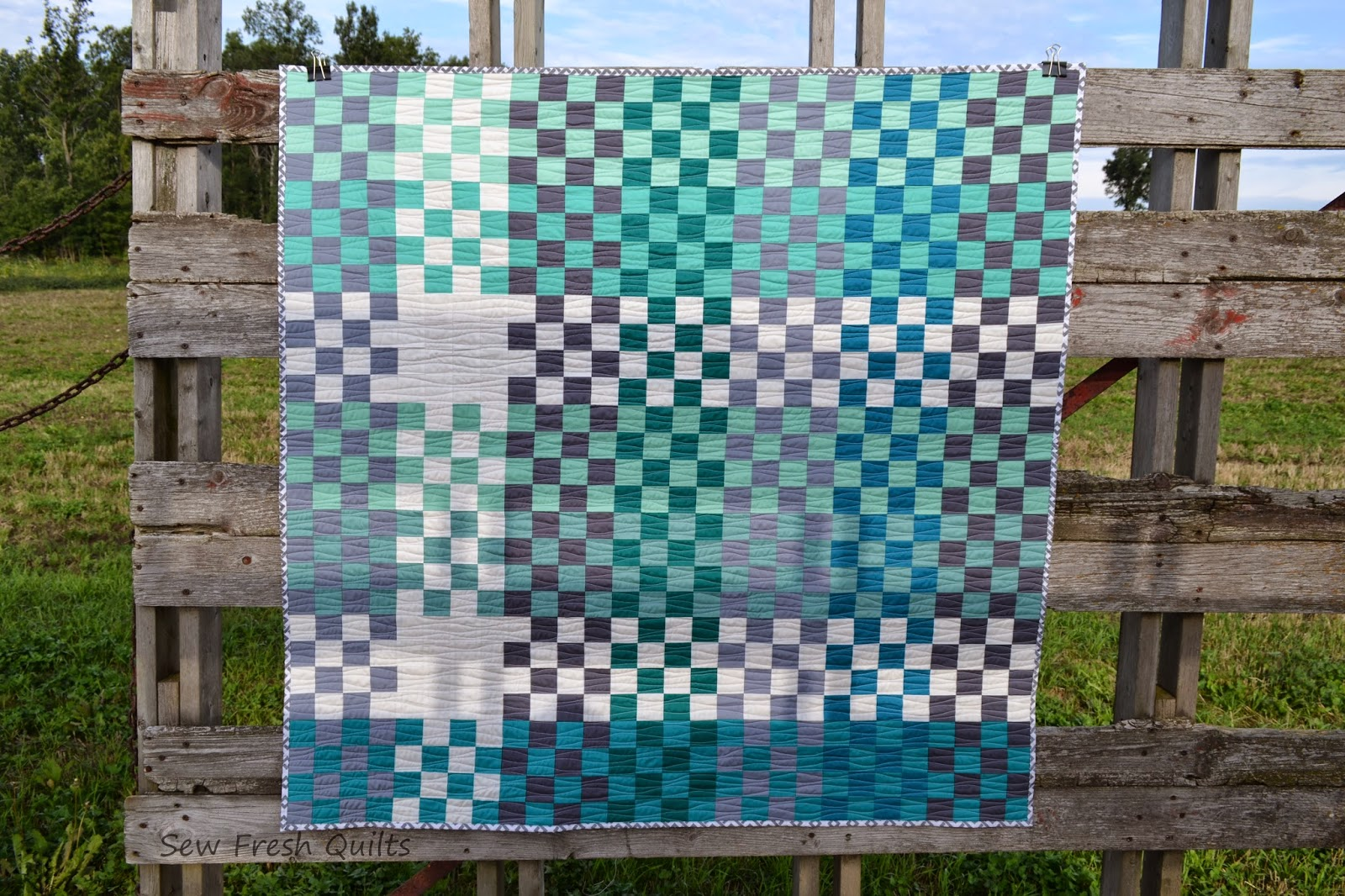 http://sewfreshquilts.blogspot.ca/2014/09/pretty-in-plaid-st-louis-16-patch-finish.html