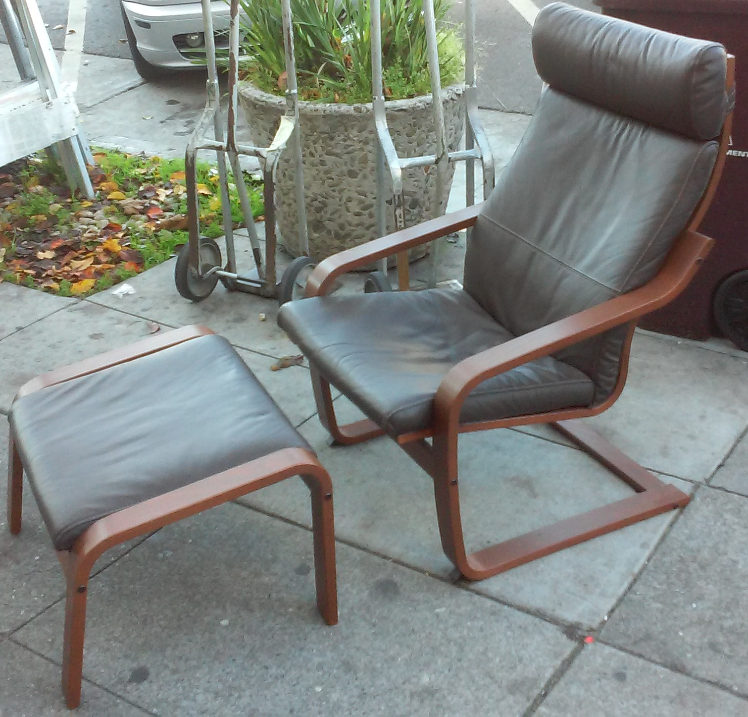 Uhuru furniture collectibles sold leather poang chair with ottoman 135 - Poang chair leather ...