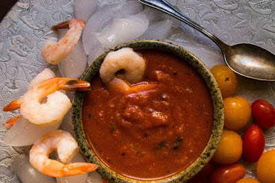http://spicesnaroma.blogspot.gr/2012/11/shrimp-cocktail-with-south-indian-spices.html
