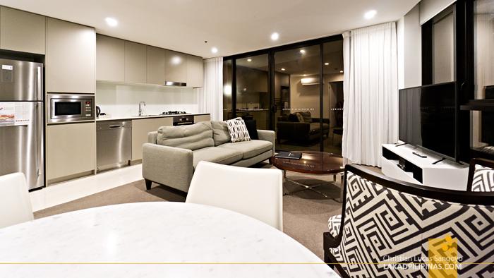 Rhapsody Hotel Surfers Paradise Australia Ocean View Apartment
