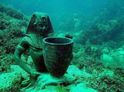 Las ruinas de Heracleion fueron halladas en el año 2000 en el mar Mediterráneo cerca de Alejandría.