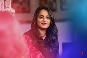 Anushka at Rudramadevi Promotion-thumbnail-6