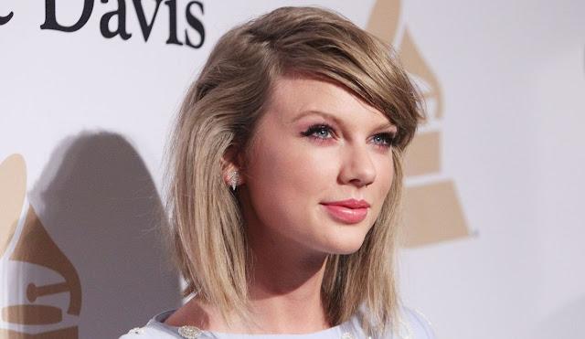 Artis Wanita Taylor Swift