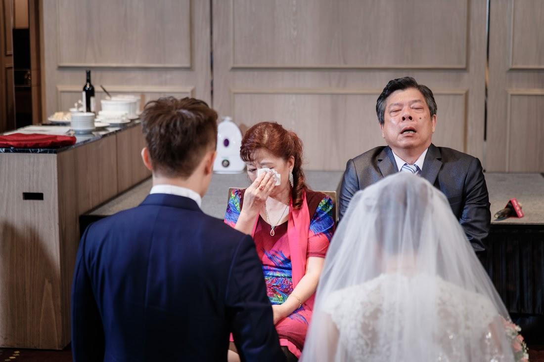 """""""桃園婚攝,婚攝,婚禮攝影,婚禮紀錄,自助婚紗,新莊典華會館,典華婚攝,典華婚宴"""""""