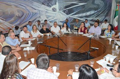 En Sesión Extraordinaria de Cabildo Conforman Comisión Plural de Entrega-Recepción