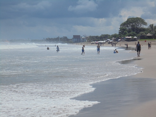 Batu Belig Beach Bali, Pantai Batu Belig Bali