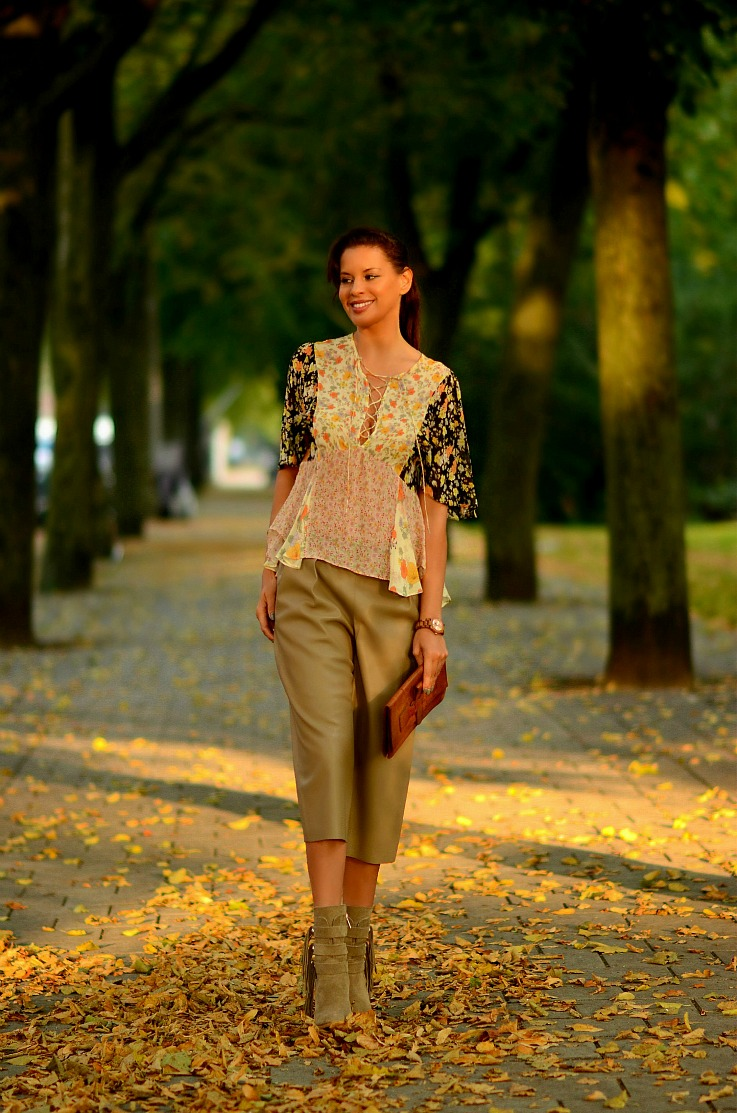 Tamara Chloé, TC Style Clues, Zara Culottes,Zara Fringe ankle boots, Amsterdam
