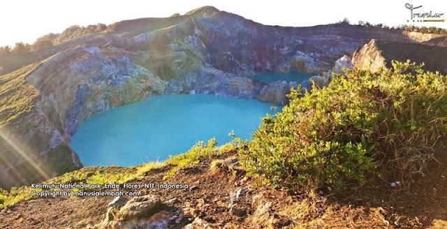 Danau Tiga Warna Kelimutu