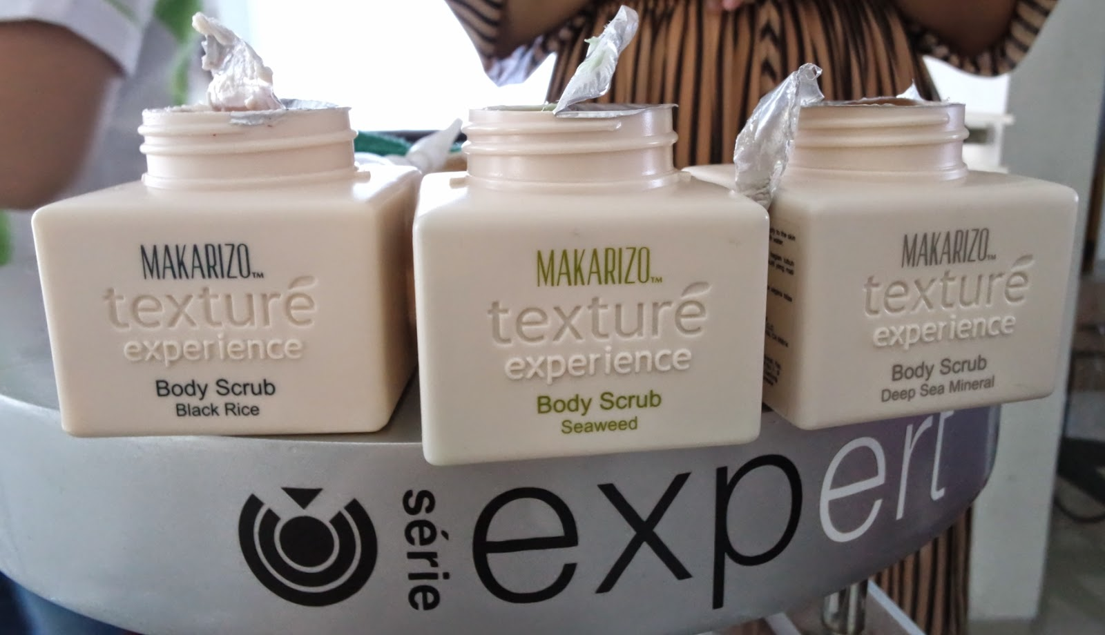 Review Hair Massage Treatment By Texture Experience Makarizo Shampoo 250ml After That Went All The Way To My Lower Spine A Point Where I Was In Bending Position Few Times Oline Actually Thought Picking Up