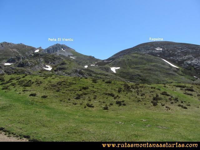 Ruta Les Rapaines, Lago Ubales, Cascayón: Vista de Les Rapaínes y la Peña del Vientu desde Wamba