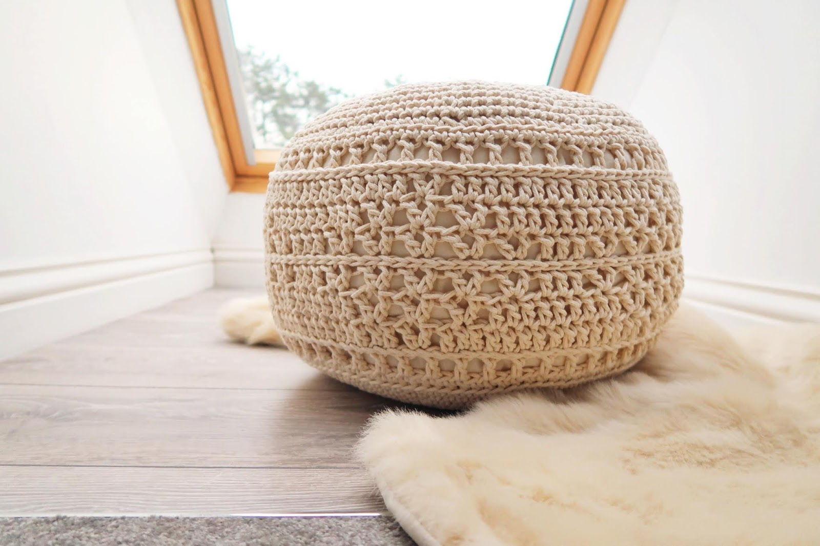 Crochet 'macrame' footstool pattern for Knitcraft