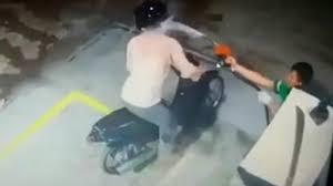 Frentista reage a assalto e joga combustível no rosto de suspeito; veja vídeo