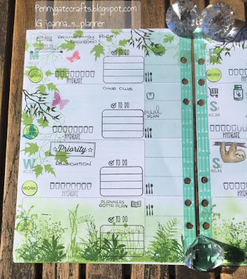 decorated-planner-pages-garden