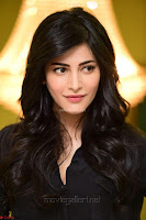 Shruti Haasan Looks Stunning trendy cool in Black relaxed Shirt and Tight Leather Pants ~ .com Exclusive Pics 005.jpg