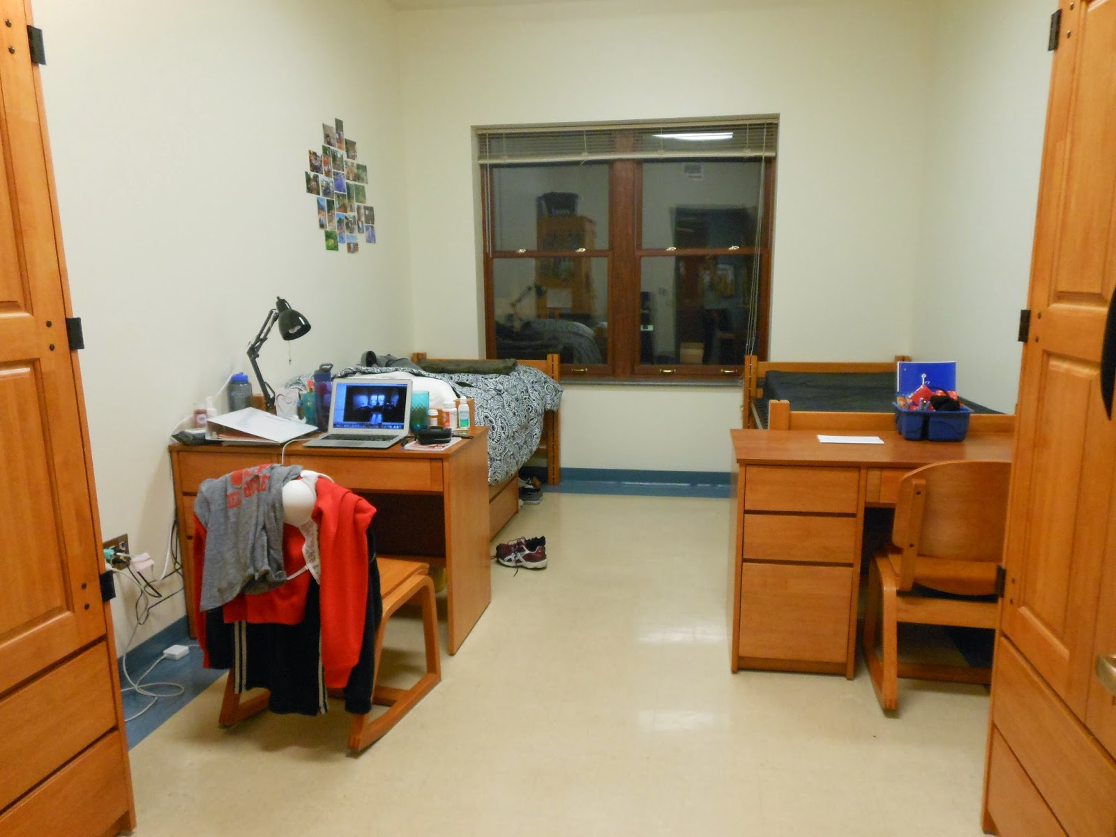 4 Reasons To Send Your Kid To An Overnight Basketball Camp ... |Empty Dorm Room