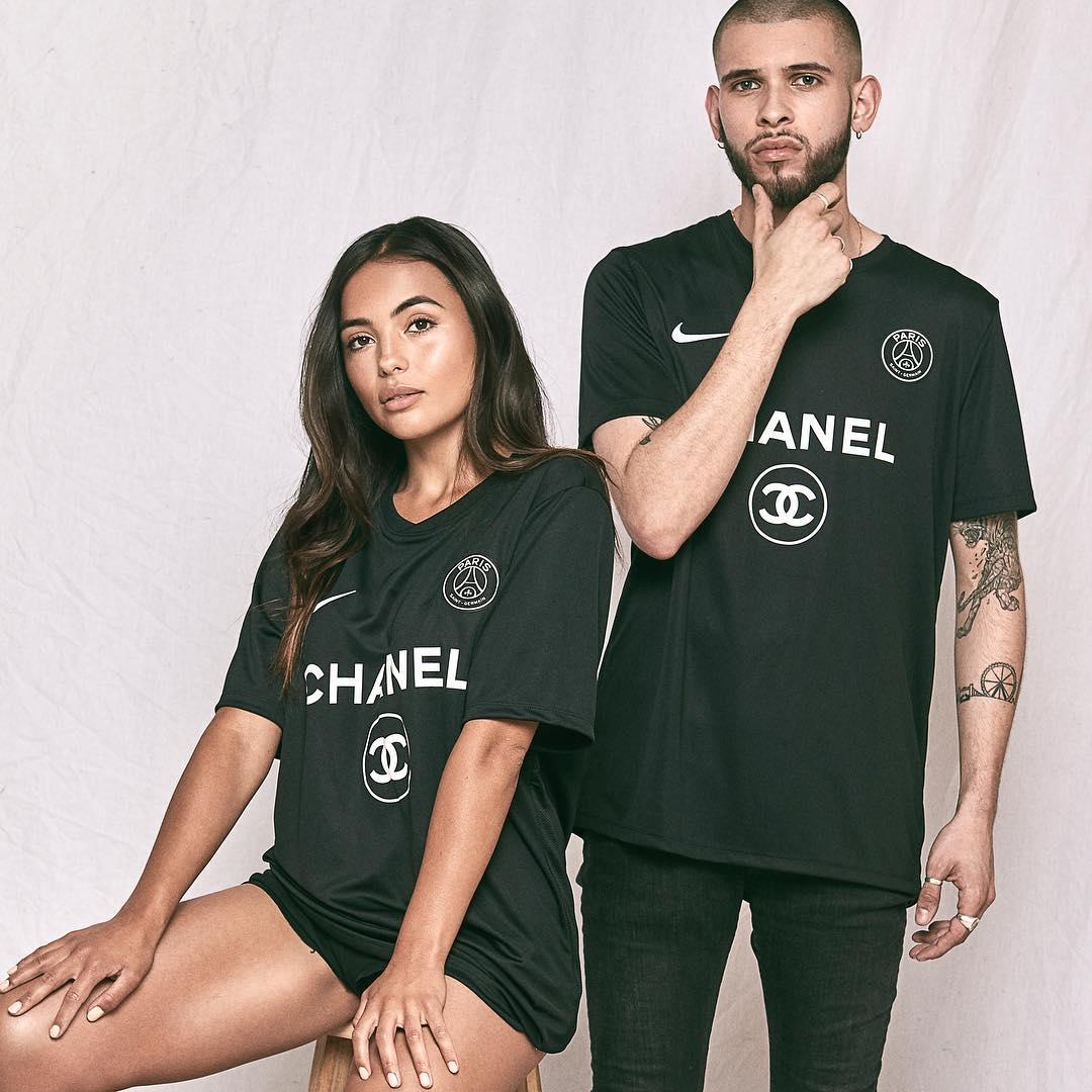hot sale online 087c4 3fe74 Seltsamer Online-Shop verkauft gefälschte Fußball x Fashion ...