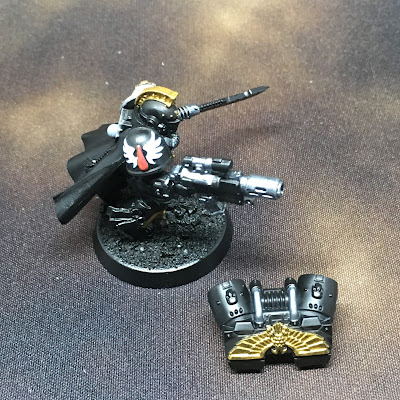 Deathwatch Watch Captain with Jump Pack WIP right side chapter icon