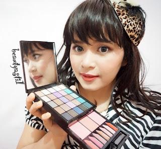 nyx-s125-sois-libre-be-free-makeup-palette-review.jpg