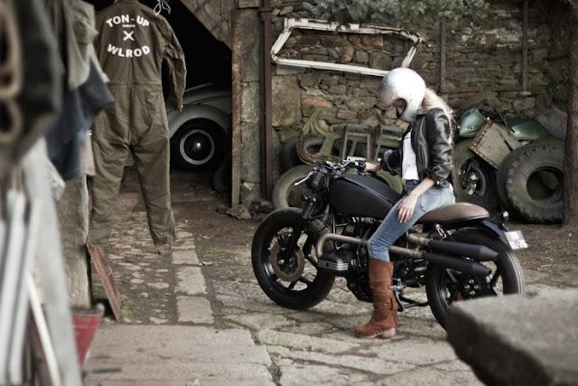 [Photograph] BMW R80 RT Monolever Custom & Spanish Girl