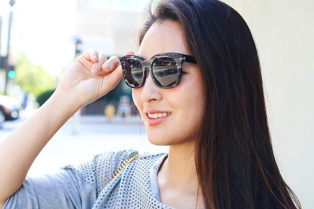 korean fashion blogger wears cute sunglasses