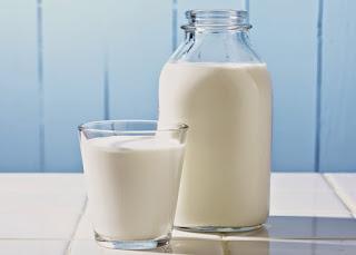 Efek Minum Susu Bagi Penderita Amandel