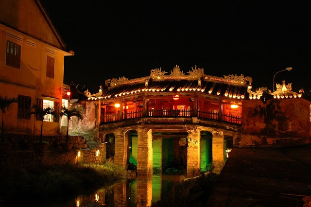 Hoi An nightlife 2