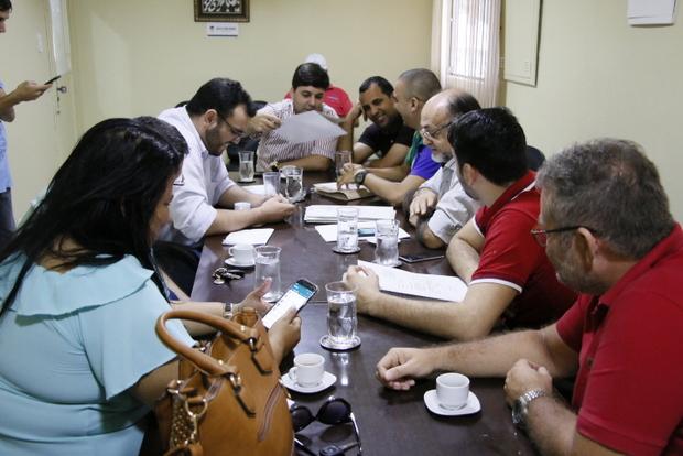 De olho nas comissões - Reunião conjunta analisa 10 projetos em tramitação na Casa José Vieira de Araújo
