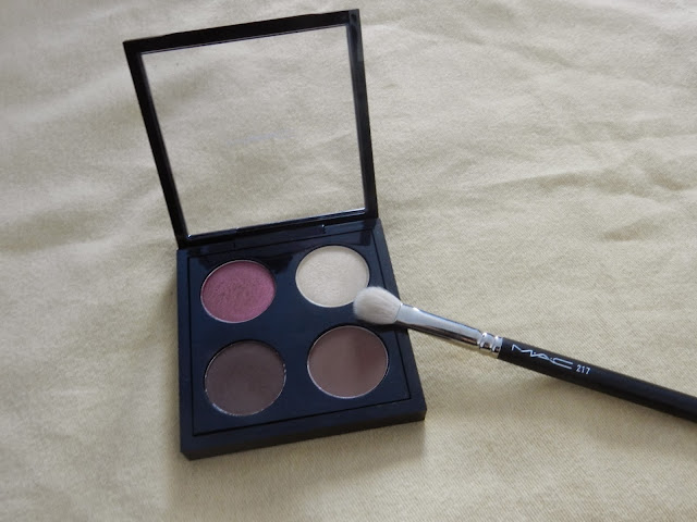 MAC palette (Matte) Swiss Chocolate, (Matte2) Handwritten, (Frost) Nylon and Cranberry.