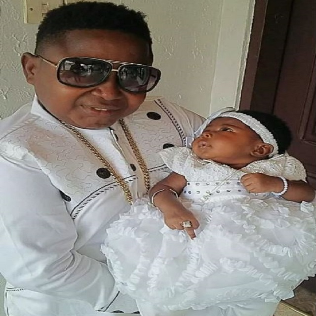 Kumawood star Wayoosi outdoors his new baby