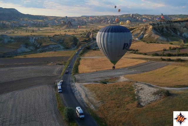 Sorvolando la Cappadocia in mongolfiera