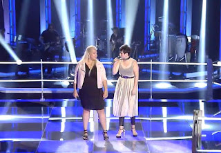 Alma e Irene cantan Simply the Best- batalla malu