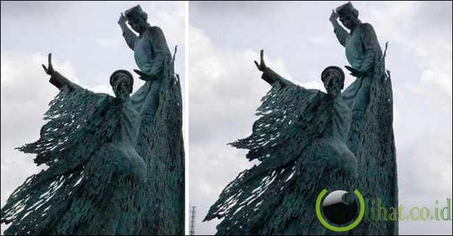 Patung Tarian Rakyat (Patung 'Bahenol' di Pekanbaru)
